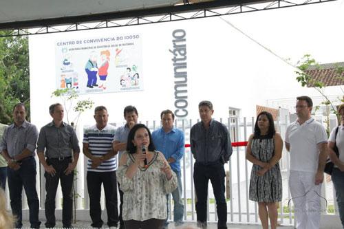 Prefeitura Inaugura 3 Centros Comunitários do Idoso